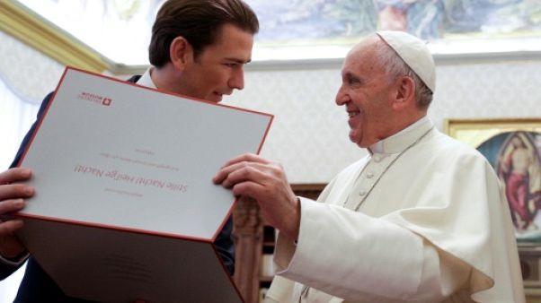 """Le pape parle de """"solidarité entre les peuples"""" avec le chancelier autrichien"""