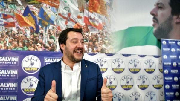 Italie: bras de fer entre la droite et les 5 étoiles pour arriver au pouvoir