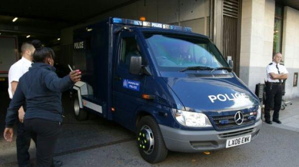 Attentat du métro londonien: l'accusé dit avoir été entraîné par l'EI