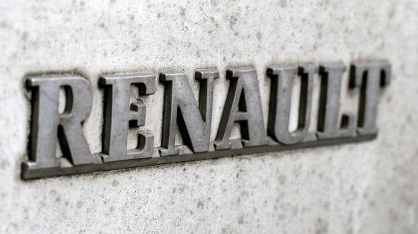 نيسان تجري محادثات لشراء حصة فرنسا في رينو تمهيدا لاندماج