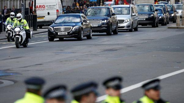 ترحيب ملكي بولي عهد السعودية في لندن وماي تدافع عن العلاقة مع الرياض