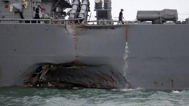 سنغافورة: حادث تصادم المدمرة الأمريكية مكين وقع بسبب انعطاف مفاجئ