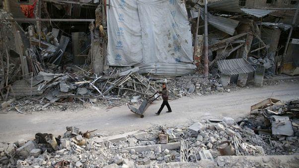 قائد عسكري: القوات السورية توشك على شطر الغوطة الشرقية لقسمين