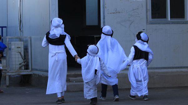 أشبال الخلافة .. إعادة تأهيل مقاتلي الدولة الإسلامية من الصغار