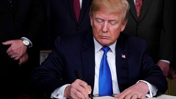 ترامب يطلق إجراءات تجارية ضد الصين
