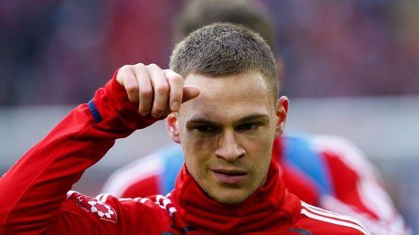 الألماني الدولي كيميش يجدد عقده مع بايرن ميونيخ حتى 2023