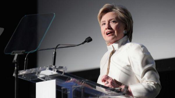 """Hillary Clinton voit un """"danger diplomatique"""" dans les discussions avec Pyongyang"""