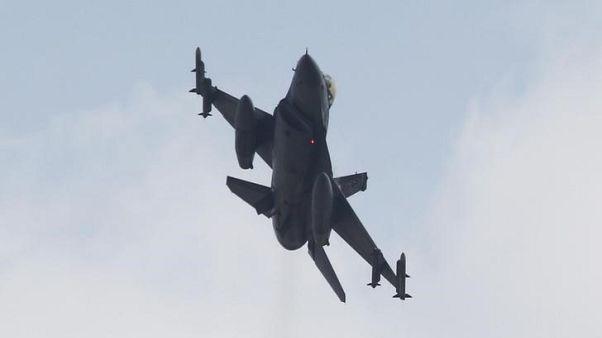 وكالة: طائرات حربية تركية تدمر 18 هدفا لمتمردين أكراد في العراق