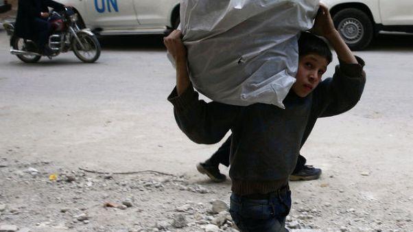الإعلام الحربي التابع لحزب الله: الجيش السوري يطوق مدينة دوما بالكامل