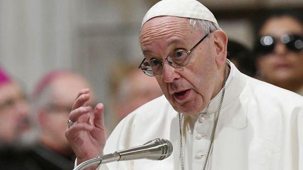 البابا يبدي قلقه من السياسات الوطنية التي يمليها الخوف