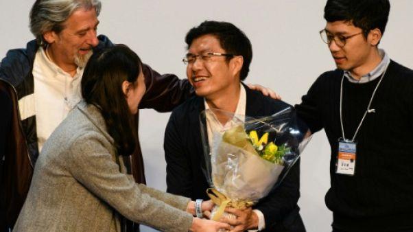 Hong Kong: revers pour le camp pro-démocratie aux législatives partielles