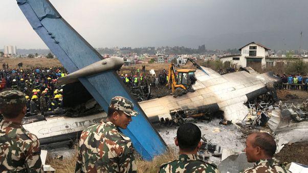 متحدث عسكري: مقتل 50 على الأقل في تحطم طائرة بنجلادش