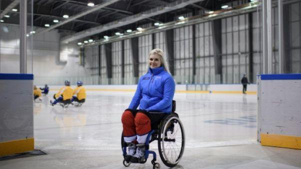 Jeux Paralympiques: Lena Schröder, hockeyeuse sur luge et seule femme engagée