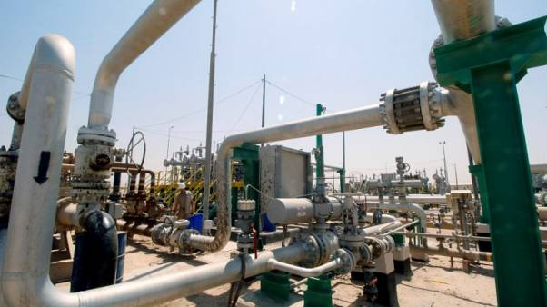 العراق يخفض سعر البيع الرسمي لخام البصرة الخفيف إلى آسيا في أبريل