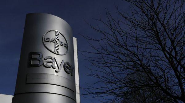 الصين تعطي موافقة مشروطة على شراء باير لمونسانتو