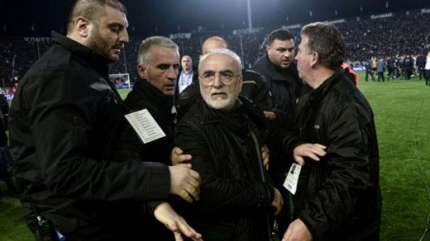 """Violences: la Fifa menace le football grec d'un """"grexit"""""""