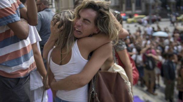 Des milliers de Brésiliens indignés font leurs adieux à l'élue noire assassinée