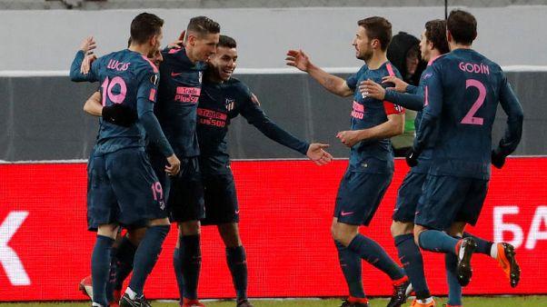 اتليتيكو يقود مجموعة قوية إلى دور الثمانية في الدوري الاوروبي