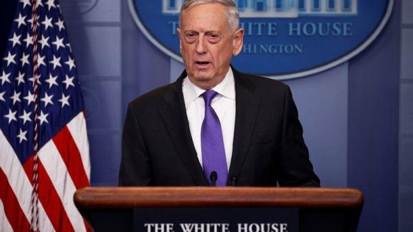 ماتيس يدعو إلى عدم وقف الدعم الأمريكي للقوات التي تقودها السعودية باليمن