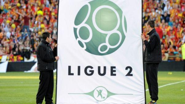Ligue 2: Lorient reluque le podium