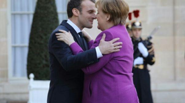 """Europe: Macron propose à Merkel une """"feuille de route claire et ambitieuse d'ici juin"""""""