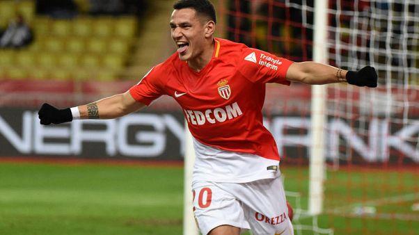موناكو يهزم ليل ويعزز موقعه في المركز الثاني بالدوري الفرنسي