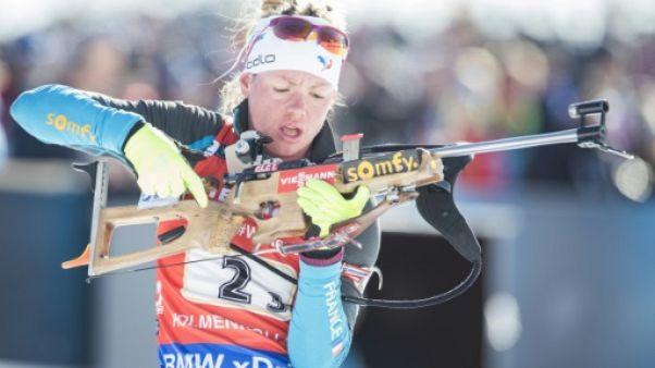 """Biathlon: Marie Dorin est """"soulagée d'en finir"""""""