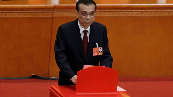 البرلمان الصيني يعيد انتخاب لي كه تشيانغ رئيسا للوزراء