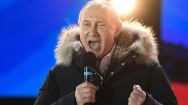 Fort d'un raz de marée dans les urnes, Poutine au Kremlin jusqu'en 2024