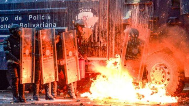 Venezuela: un avocat opposant à Maduro fuit en Colombie