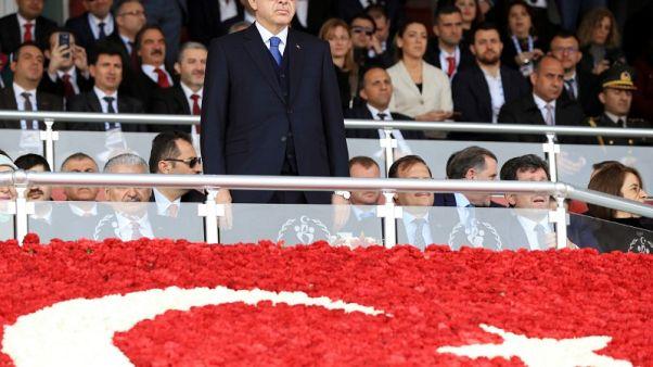 إردوغان: حملة عفرين قد تمتد إلى كل الحدود مع سوريا