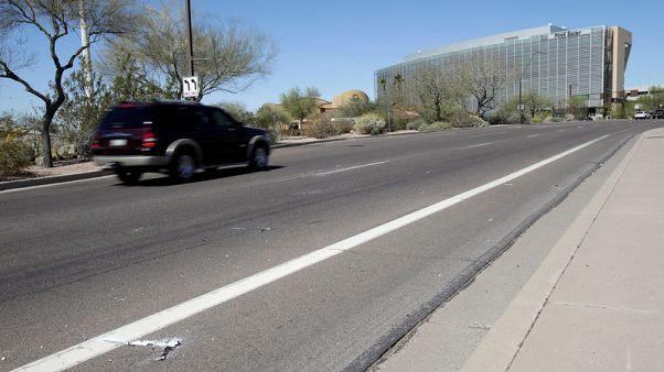 سيارة ذاتية القيادة تابعة لأوبر تقتل امرأة من أريزونا لدى عبورها الطريق