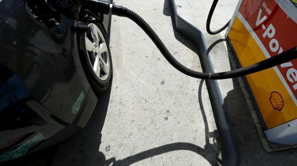 بيانات حكومية: مخزونات النفط الأمريكية تهبط الأسبوع الماضي مع تراجع الواردات