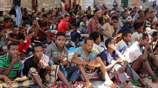 تقطع السبل بمهاجرين أفارقة محتجزين في اليمن