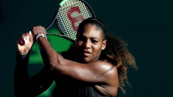 Tennis: Serena Williams battue d'entrée par Naomi Osaka à Miami
