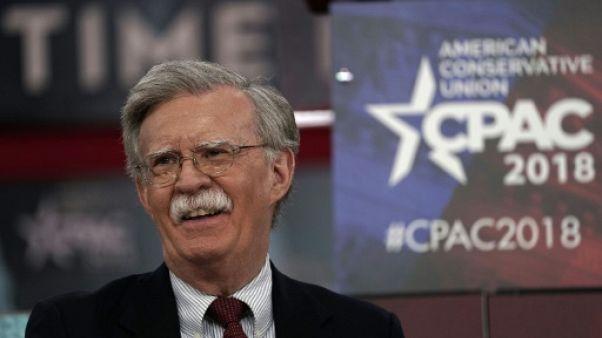 John Bolton, un néoconservateur va-t-en-guerre pour conseiller Trump