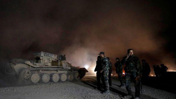 """مقاتلو معارضة سوريون وروسيا يتفاوضان لإنهاء """"معاناة"""" الغوطة"""
