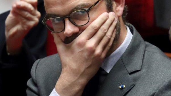 """رئيس وزراء فرنسا: واقعة احتجاز الرهائن """"عمل إرهابي"""" فيما يبدو"""