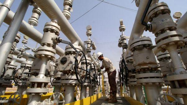 مصادر: صادرات نفط جنوب العراق تنخفض للشهر الثالث في مارس