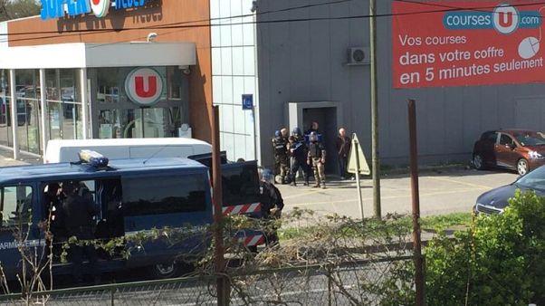 مصدر: الشرطة تقتل محتجز الرهائن في جنوب فرنسا
