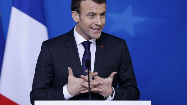 ماكرون يقول لأمريكا: أوروبا لن تناقش التجارة بينما مسدس مصوب إلى رأسها