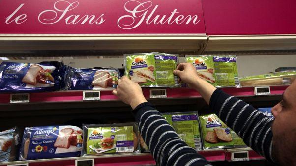 دراسة: النظام الغذائي الخالي من الجلوتين لا يحمي من متاعبه