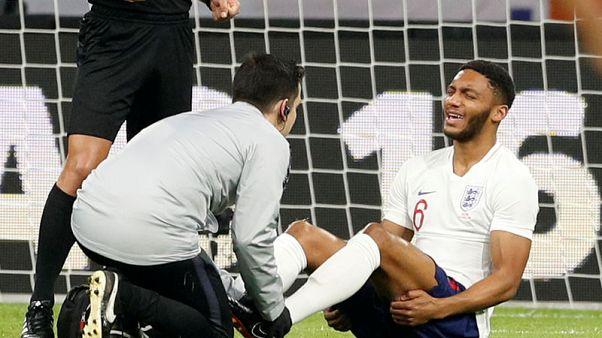 جوميز ينسحب من تشكيلة انجلترا بسبب الاصابة