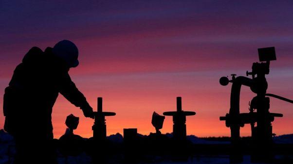 روسيا تحافظ على صدارة موردي النفط الخام للصين