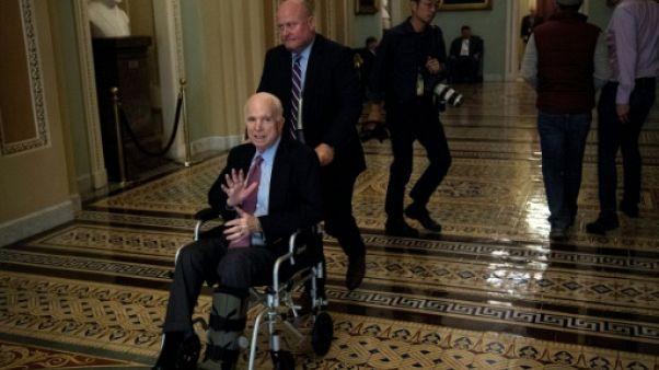 Etats-Unis: le sénateur républicain McCain va publier de nouveaux mémoires