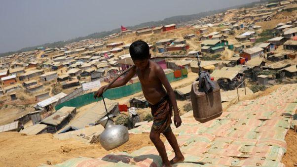 وزير: بنجلادش لا تتوقع الكثير من المانحين الأجانب لنقل الروهينجا