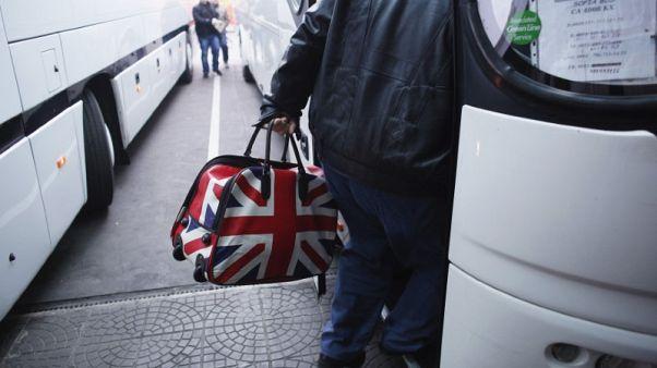 تقرير بريطاني: تقييد الهجرة بعد الانفصال قد يؤدي لتباطؤ النمو