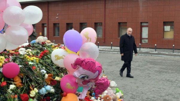 """Incendie en Sibérie: au moins 41 enfants tués, Poutine dénonce une """"négligence criminelle"""""""