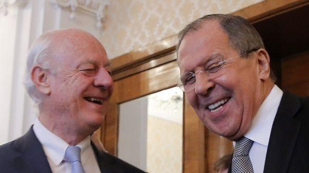 وكالة: محادثات بين لافروف ودي ميستورا في موسكو الخميس