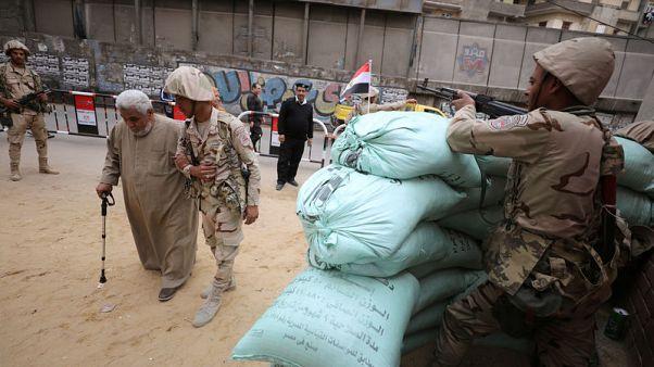 مصر تمدد التصويت في انتخابات الرئاسة ساعة